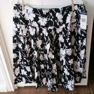 Chaps skirt size 10